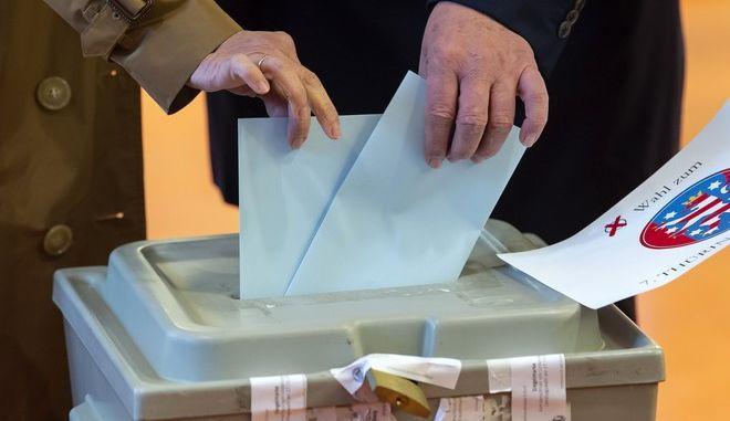 Εικόνα από την εκλογική διαδικασία στη Θουριγγία της Γερμανίας