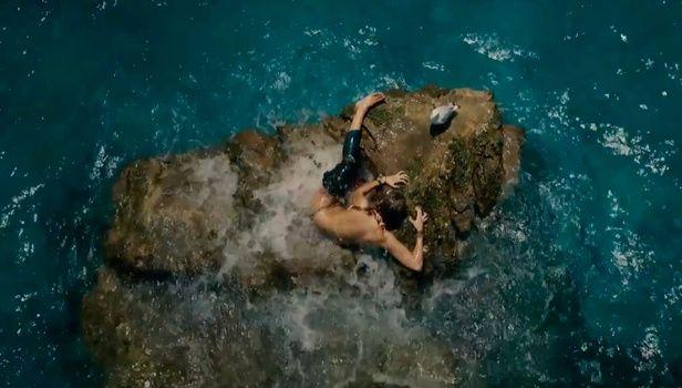 Καρχαρίας θέλει να φάει την Μπλέικ Λάιβλι: Δείτε το τρέιλερ του 'The Shallows'