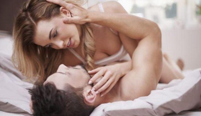 Σεξ: Ποια είναι τα σημάδια που δείχνουν τον εθισμό