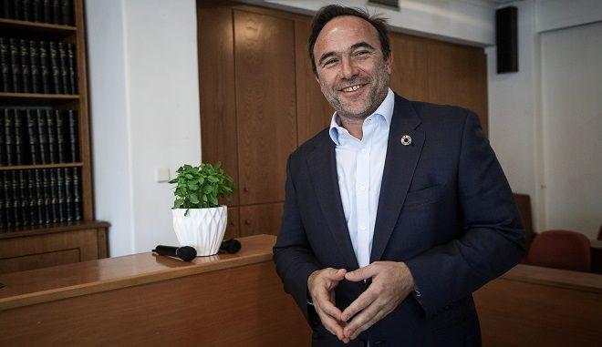 Συνέντευξη τύπου του πρώην εντεταλμένου δημοτικού συμβούλου Τοπικής Οικονομικής Ανάπτυξης, Επιχειρηματικότητας και Κλιματικής Αλλαγής του Δήμου Πειραιά, Πέτρου Κόκκαλη την Πέμπτη 21 Μαρτίου 2019.