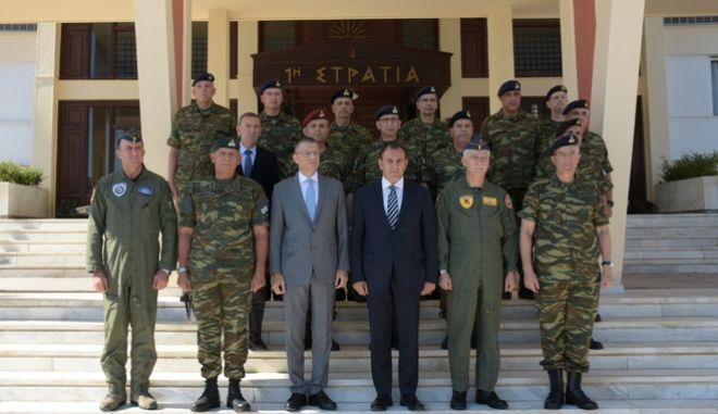 Επίσκεψη του Υπουργού Εθνικής Άμυνας Νικόλαου Παναγιωτόπουλου στην 1η Στρατιά στη Λάρισα