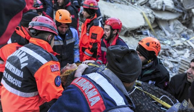 Στιγμιότυπο μετά τον καταστροφικό σεισμό που έπληξε την Τουρκία