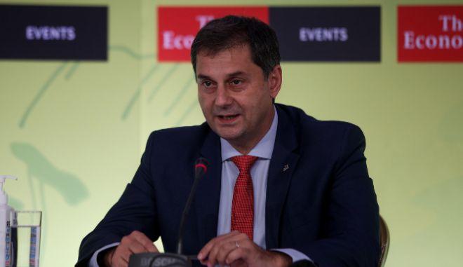 Θεοχάρης από Ρωσία: Υπό συζήτηση άρση υγειονομικών περιορισμών πριν τις 14 Μαΐου
