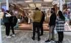 Επαναλειτουργούν τα καταστήματα λιανεμπορίου στην Αττική