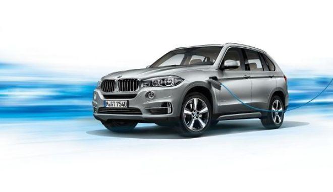 BMW X5 xDrive40e. Με 313 ίππους και κατανάλωση 3,4 λίτρα στα 100 χλμ.