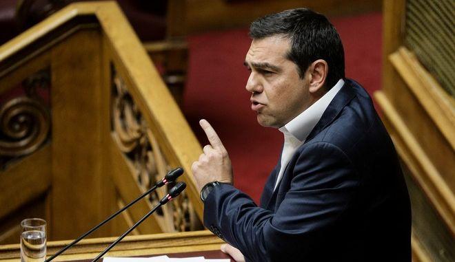 Με Τσίπρα ο ΣΥΡΙΖΑ στη μάχη της Βουλής για το αναπτυξιακό νομοσχέδιο