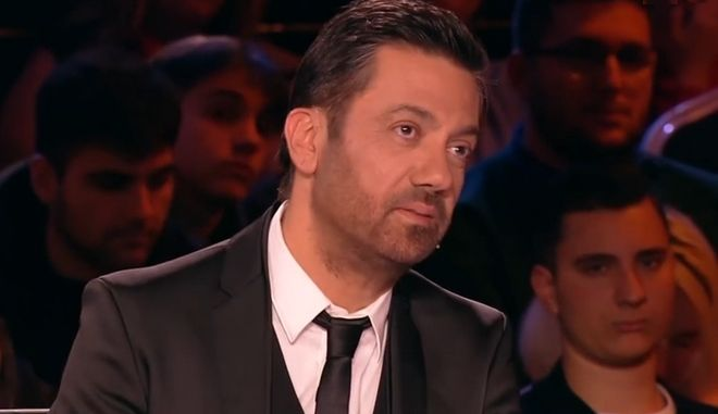 """X-Factor: Ο έξαλλος Θεοφάνους """"έδωσε"""" το συγκρότημά του- """"Θα μάθετε να ακούτε"""""""