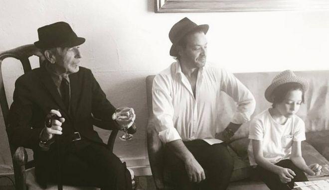 Το αντίο του Adam στον Leonard Cohen είναι υπέροχο σαν τον πατέρα του
