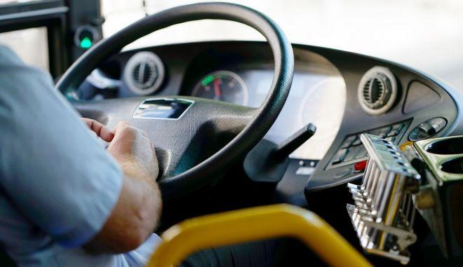 Κορονοϊός: Τεστ και για τους ανεμβολίαστους εργαζόμενους στα μέσα μεταφοράς