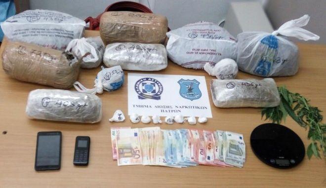 Συνελήφθησαν έμπορος κοκαΐνης και κάνναβης στην Πάτρα και καλλιεργητής χασίς στο Αγρίνιο