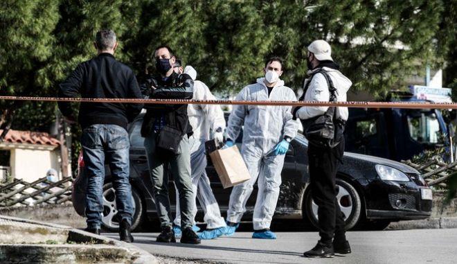 Στιγμιότυπο από το σημείο της δολοφονίας του δημοσιογράφουΓιώργου Καραϊβάζ.