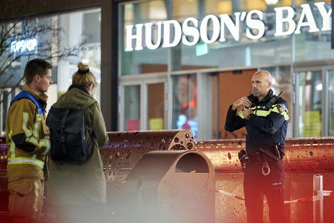 Ολλανδία, Επίθεση με μαχαίρι στη Χάγη