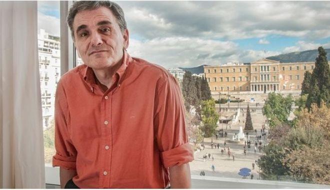 Τσακαλώτος: Οι κόκκινες γραμμές της κυβέρνησης παραμένουν