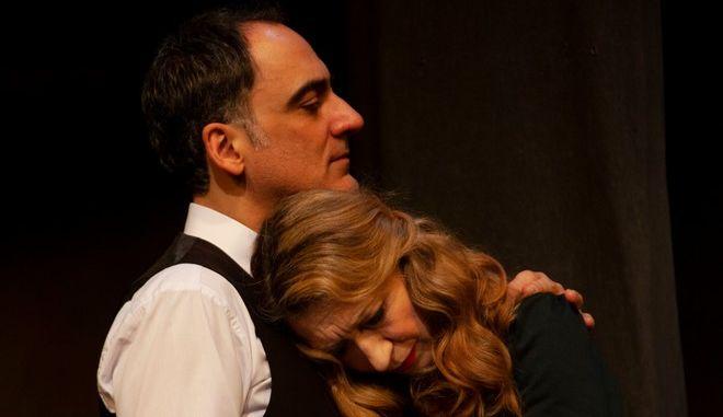 """""""Το σύνδρομο της Εύας"""": Η παράσταση τώρα και online"""