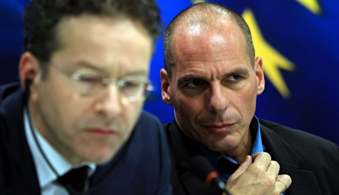 La Stampa : Τα 'γεράκια' της Ευρωζώνης και η Ελλάδα επιδίδονται στο παιχνίδι 'ποιος θα δειλιάσει πρώτος'