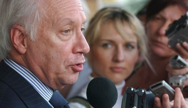 """United Nations envoy Matthew Nimetz, left, talks to the reporters at the end of his visit to Macedonia's capital Skopje, in a fresh bid to end the name dispute between Macedonia and Greece, on Friday, June 27, 2008. We'll be seeing in the next weeks whether we can make some progress"""", Nimitz told reporters after the meeting with Macedonian President Branko Crvenkovski and Prime Minister NIkola Gruevski. (AP Photo/Boris Grdanoski)"""