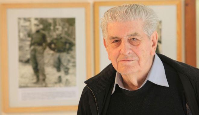Ο Γιώργος Φαρσακίδης, χαράκτης, ζωγράφος και λογοτέχνης, μαχητής της Εθνικής ΕΑΜικής Αντίστασης