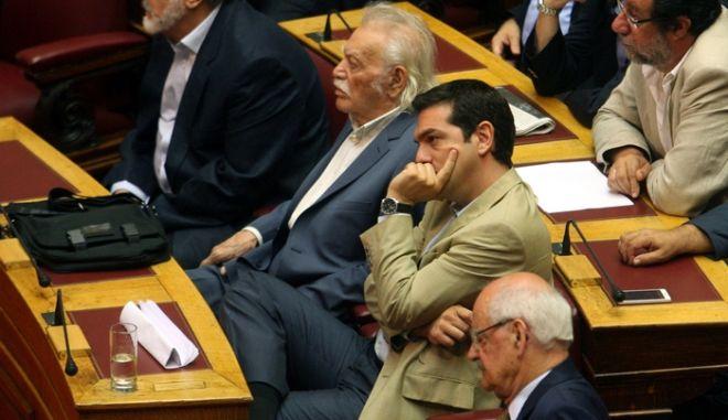 ΑΘΗΝΑ-ΒΟΥΛΗ-Εκδήλωση στη μνήμη των πρώην Βουλευτών Γρηγορίου Λαμπράκη και Γεωργίου Τσαρουχά// ΣΤΗ ΦΩΤΟΓΡΑΦΙΑ Ο ΠΡΟΕΔΡΟΣ ΤΟΥ ΣΥΡΙΖΑ ΑΛΕΞΗΣ ΤΣΙΠΡΑΣ .(EUROKINISSI-ΤΑΤΙΑΝΑ ΜΠΟΛΑΡΗ)