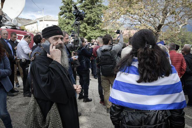 Κηδεία του 35χρονου Κωνσταντίνου Κατσίφα στους Βουλιαράτες Αλβανίας την Πέμπτη 8 Νοεμβρίου 2018. (EUROKINISSI/ΛΕΩΝΙΔΑΣ ΜΠΑΚΟΛΑΣ)