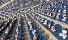 Χέρενφεϊν: Μήνυμα κατά του παιδικού καρκίνου με 15.000 αρκουδάκια στις κερκίδες