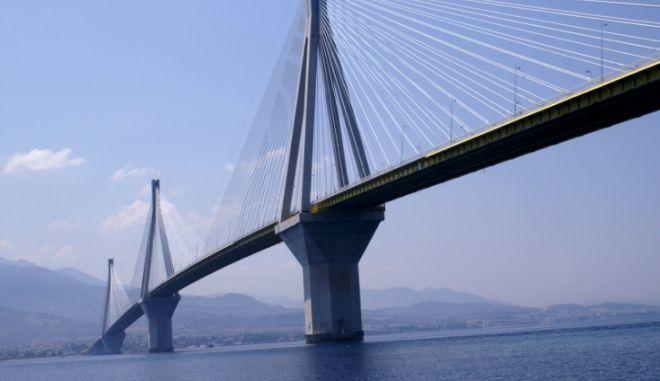 Πάτρα: Νεκρός ο άνδρας που πήδηξε από τη Γέφυρα Ρίου - Αντιρρίου