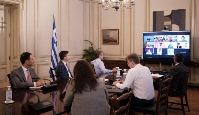 Κέντρο ανάπτυξης στην Ελλάδα ετοιμάζει η Microsoft - Τηλεδιάσκεψη με Μητσοτάκη