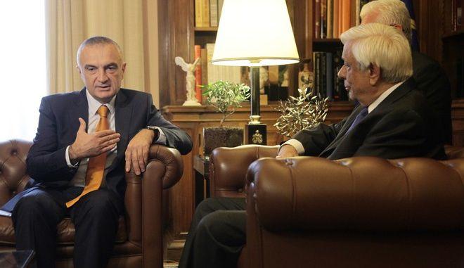 Συνάντηση του Προέδρου της Δημοκρατίας Προκόπη Παυλόπουλου με τον Πρόεδρο της Βουλής της Αλβανίας Ιλίρ Μέτα την Τρίτη 11 Οκτωβρίου 2016. (EUROKINISSI/ΓΙΑΝΝΗΣ ΠΑΝΑΓΟΠΟΥΛΟΣ)