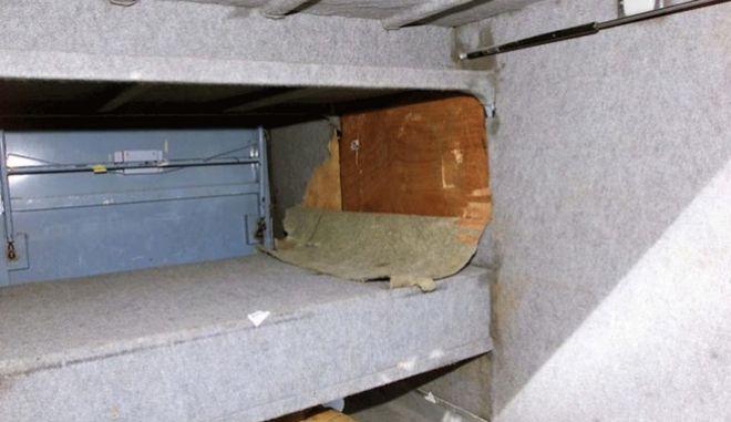 Συνελήφθη ο 'βασιλιάς των τσιγγάνων' - Βρέθηκε σε κρύπτη πίσω από το κρεβάτι του