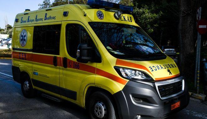 Ασθενοφόρο στη Θεσσαλονίκη