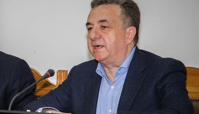 Περιοδεία του Προέδρου της Νέας Δημοκρατίας Κυριάκου Μητσοτάκη στο νομό Ηρακλείου τη Δευτέρα 13 Μαρτίου 2017. Στη φωτό σε σύσκεψη με τον Περιφερειάρχη Σταύρο Αρναουτάκη και τους Δημάρχους της Κρήτης, στα γραφεία της Περιφέρειας Κρήτης. (EUROKINISSI)