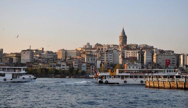 Τουρκία: Αιφνίδια παραίτηση του δημάρχου Κωνσταντινούπολης