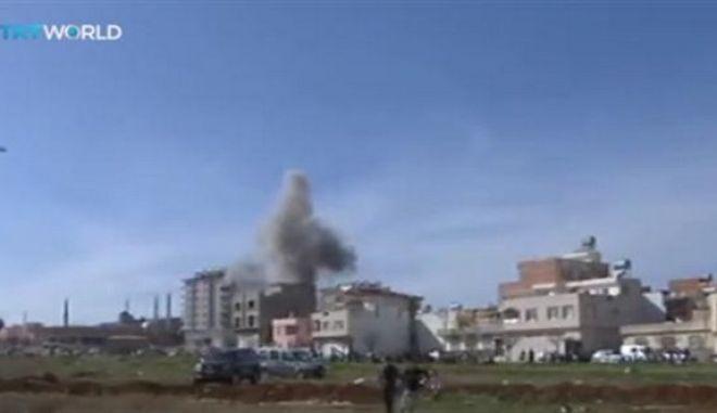 Τουρκία: Δύο άμαχοι νεκροί από ρουκέτες που εκτοξεύτηκαν από τη Συρία