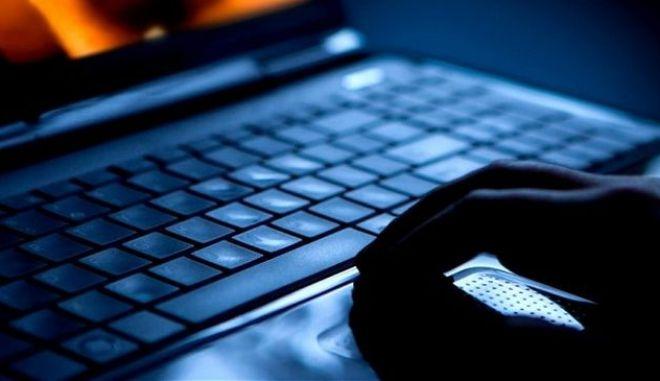 Συνελήφθη 41χρονος για πορνογραφία ανηλίκων μέσω διαδικτύου