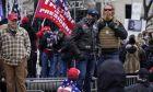 Υποστηρικτές του Τραμπ συρρέουν στην Ουάσιγκτον