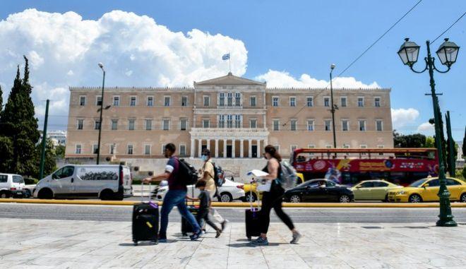 Κορονοϊός: Σχεδόν το 1/3 των κρουσμάτων εντοπίζονται στην Αττική