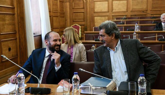 Δημήτρης Τζανακόπουλος - Παύλος Πολάκης κατά τη συνεδρίαση της Επιτροπής Προκαταρκτικής Εξέτασης για τη Novartis