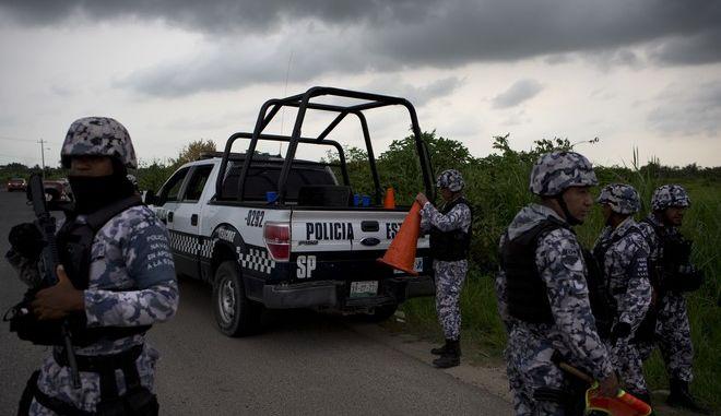Μεξικό: Νεκροί οι τρεις αστυνομικοί που είχαν απαχθεί από ενόπλους