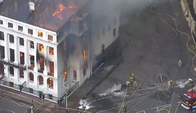 Βρετανία: Μεγάλη φωτιά σε ξενοδοχείο στο Ίστμπουρν