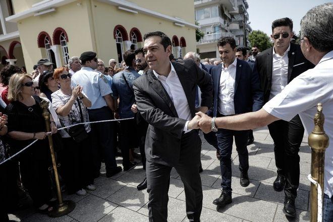 Ο πρωθυπουργός Αλέξης Τσίπρας στην κηδεία του Χάρρυ Κλυνν