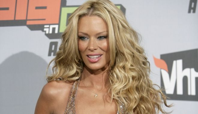 Jenna Jameson arrives at the VH1 Big in '06 Awards in Culver City, Calif. on Saturday, Dec. 2, 2006. (AP Photo/Matt Sayles)