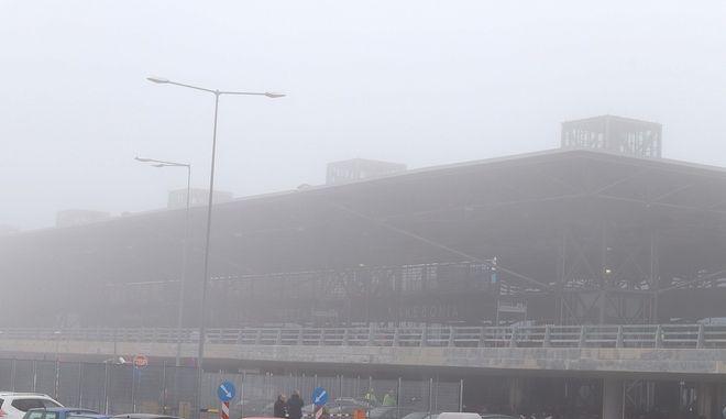 Ομίχλη στο αεροδρόμιο Μακεδονία (αρχείου)