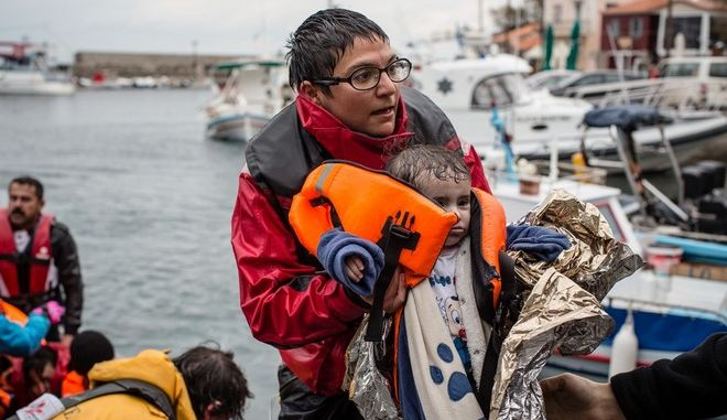 Medecins Sans Frontiers (MSF) and Greenpeace boat crews responded to an emergency on December 16 as a wooden refugee boat capsized about mile and a half off the coast of Lesbos. On arrival to the scene all refugees were in the water and a major rescue operation involving Greenpeace, MSF, Frontex, Sea Watch and Proactiva ensued. A total of 83 people were rescued, while two people drowned - an 80-year-old man and nine-month old girl.