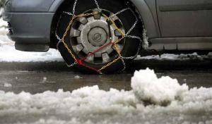 Πέλλα: Απαραίτητες οι αλυσίδες προς το χιονοδρομικό κέντρο Βόρας