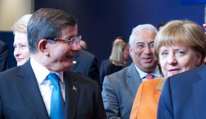 Μέρκελ: Η Τουρκία δεν έχει το πάνω χέρι στις συνομιλίες