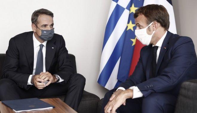 Μητσοτάκης-Μακρόν: Απόλυτη συμφωνία για τις προκλήσεις της Τουρκίας