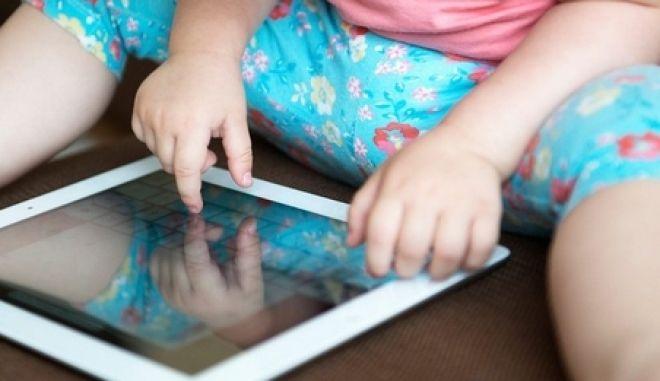 Με σύνδρομο... gadgets 8 στα 10 παιδιά