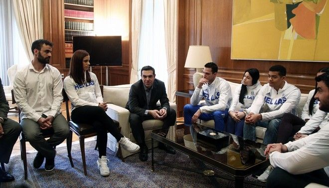 Meeting of Prime Minister Alexis Tsipras with athletes participating in the 34th European Indoor Athletics Championships that was held in Belgrade, at Maximos Mansion, in Athens, Greece on March 7, 2017. /            34        ,   , , 7  2017.