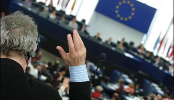 Δυσαρέσκεια και αποχή της Ελλάδας από την ψηφοφορία του προϋπολογισμού της ΕΕ