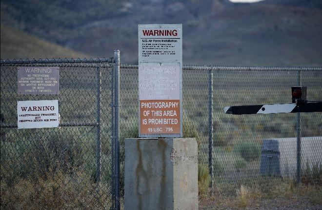 Περιοχή 51: Φόβοι για εισβολή εκατ. πολιτών - Η αλήθεια για τη θρυλική στρατιωτική βάση