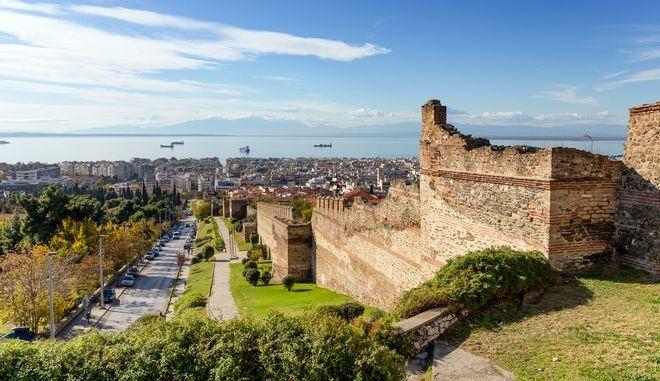 Κορονοϊός: 435 νέα κρούσματα σήμερα στη Θεσσαλονίκη